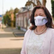 Vistaprint bietet in seinem Online-Shop ab sofort eine Stoffmaske, die Menschen außerhalb des medizinischen Bereichs hilft, sich auf die Herausforderungen durch das Corona-Virus zu einzustellen.